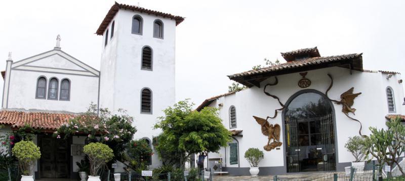 buzios_capela_n_sa_desatadora_dos_nas_home_mg_1.jpg